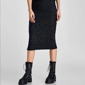 Zara Black shimmering midi pencil skirt, NWT